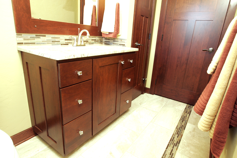 Amish Bathroom Cabinets Fabulous Latest Vanity For