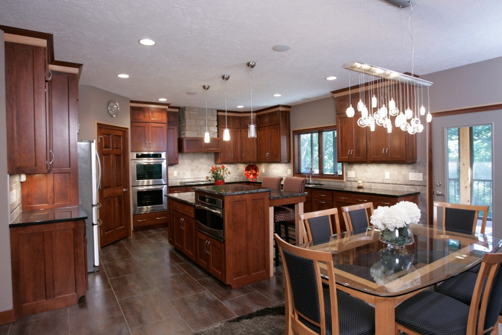 Evergreen designs inc custom home builder in janesville wi for Amish kitchen cabinets wisconsin